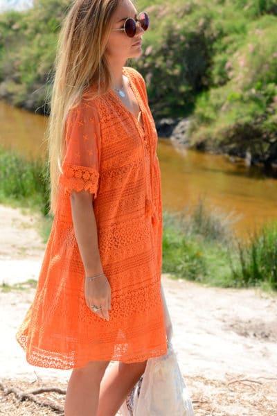 Robe orange dentelle col lace up