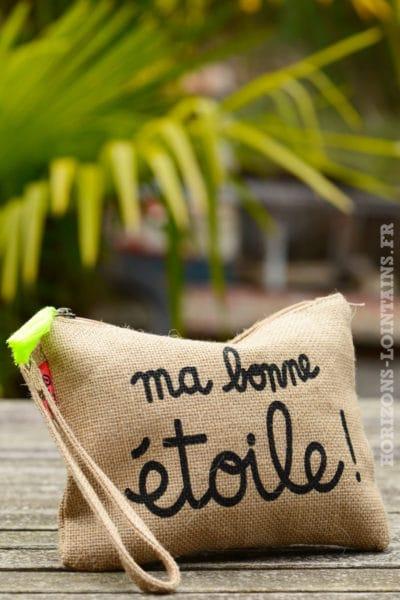 """Pochette toile de jute """"ma bonne étoile"""" noir pompon jaune fluo"""