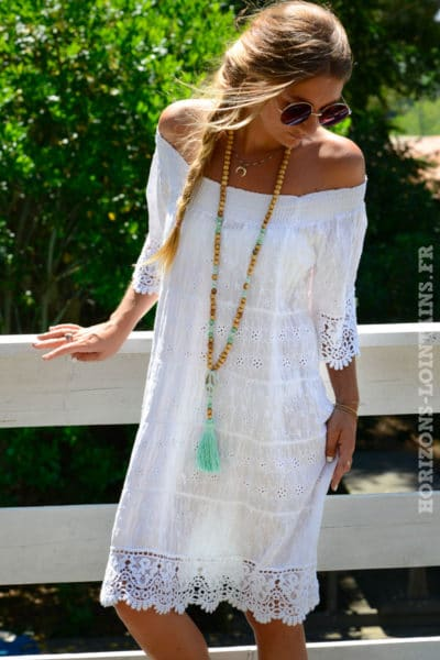 robe-B018-broderie-anglaise-col-bardot-blanche-