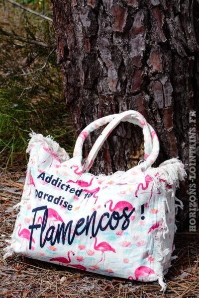 sac-B038-tissus-franges-fond-flamant-rose--