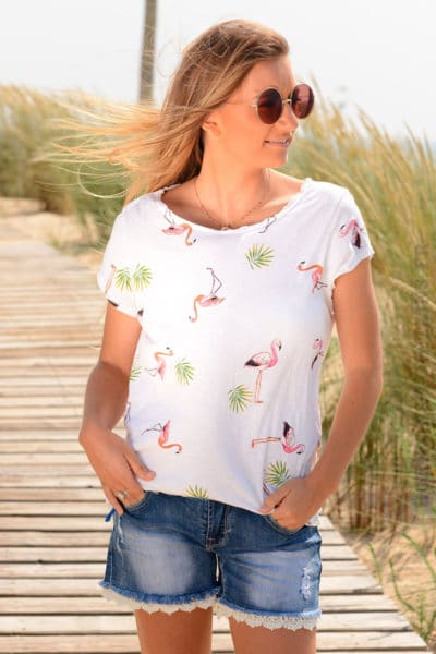 T-shirt-blanc-petits-motifs-flamant-rose-b156-2