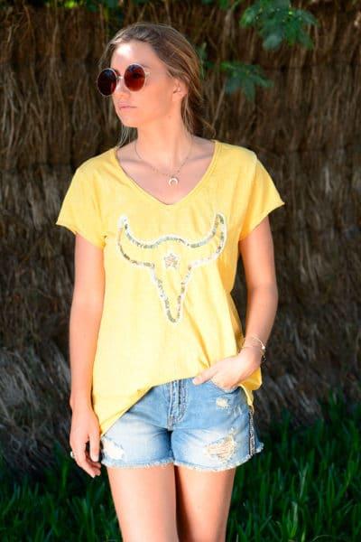 T-shirt-jaune-tête-de-buffle-en-sequins-b149-2