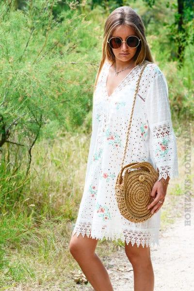 Tunique-robe-blanche-en-broderie-anglaise-avec-fleurs-b138-3