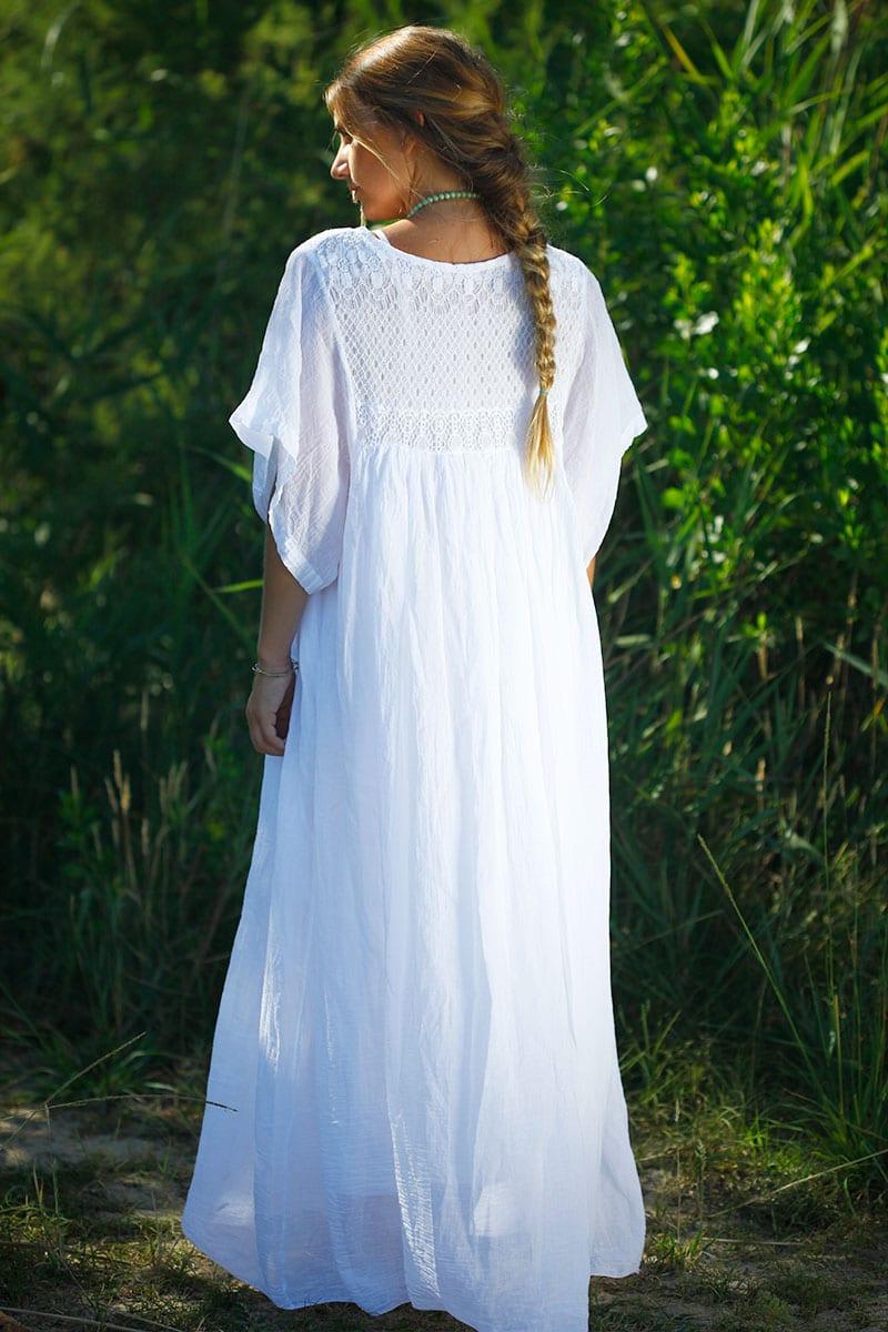 robe blanche longue boh me col v dentelle horizons lointains. Black Bedroom Furniture Sets. Home Design Ideas