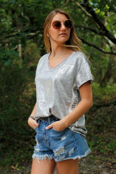 T-shirt-gris-brillant-argenté-col-V-bande-tissus-coté-ESCLUSIVE-b162-7