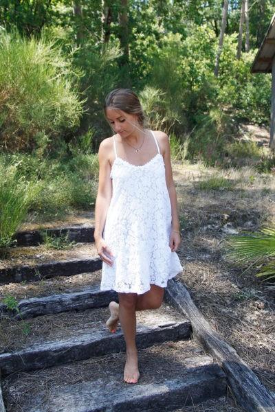 robe-blanche-courte-dos-nageur-b46-3