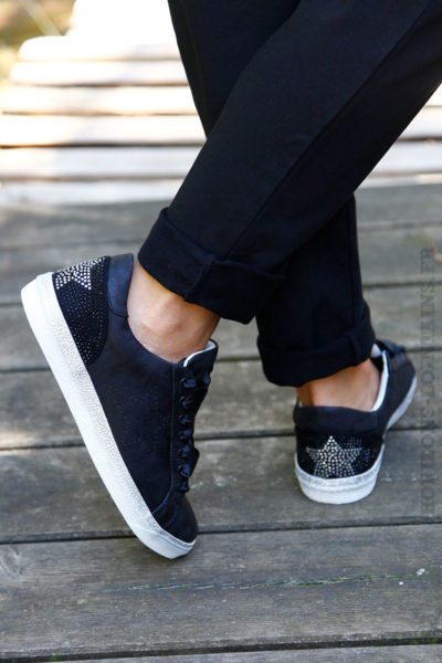 Baskets-noires,-talon-strass-B10