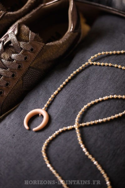 Collier petite perles fines facettes corne rose beige bijoux