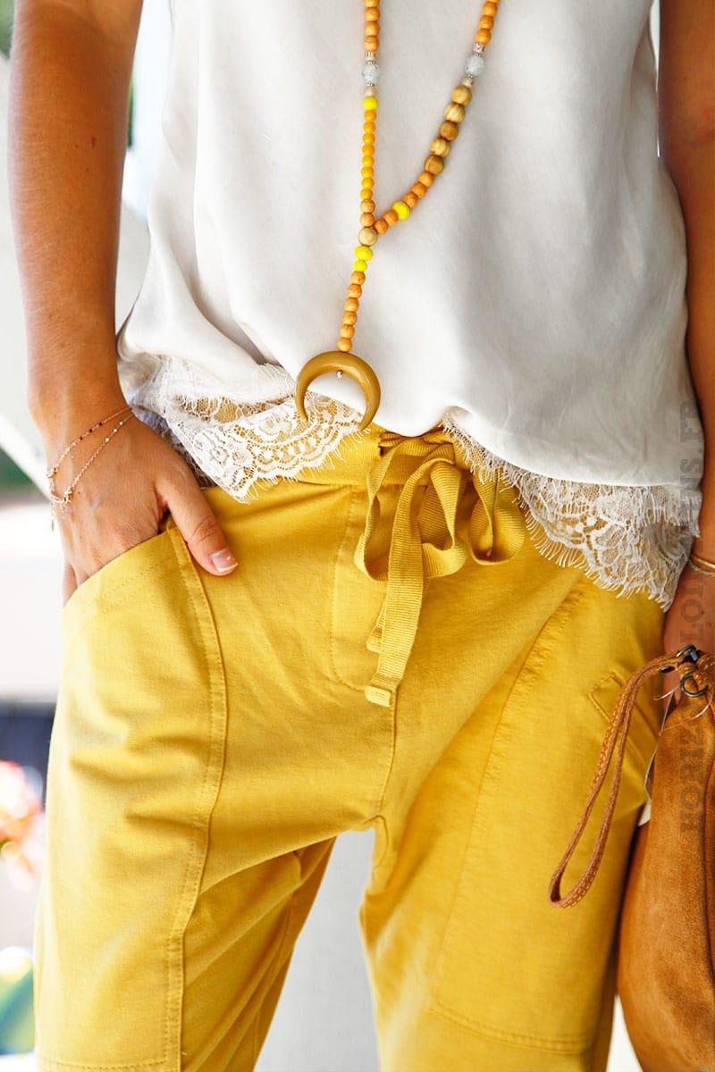 pantalon de jogging urbain jaune moutarde poches horizons lointains. Black Bedroom Furniture Sets. Home Design Ideas