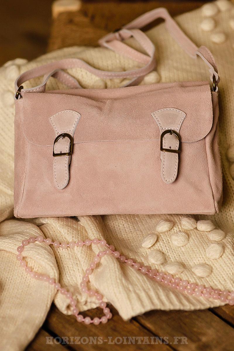 265a502f80 Petit sac cartable croûte cuir velours couleur rose poudré bandoulière ...