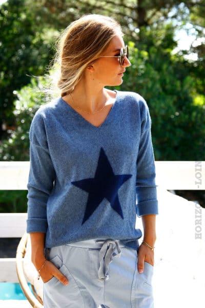 Pull-chaud-bleu-jean-col-V-étoile-douce-devant--b188-2