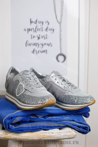 baskets grises argentées pailletées stylées chaussures running