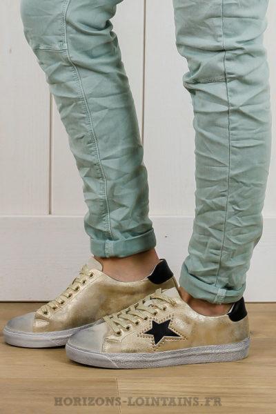 chaussures baskets dorées sneakers effet vintage étoile noire