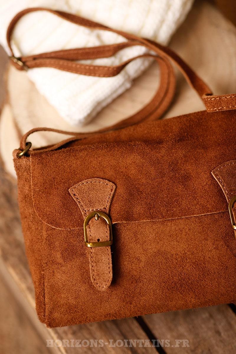 petit sac cartable bandoulière camel croûte cuir marron poche 002