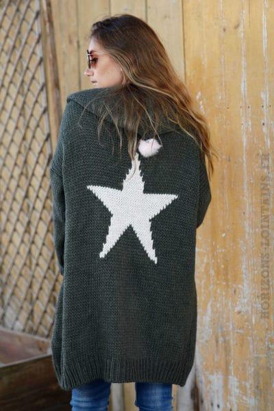 Gilet-long-kaki-grosses-mailles-à-capuche-avec-étoile-dans-le-dos--b23