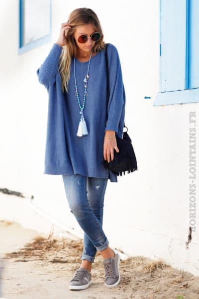 Pull-large-bleu-jean-manches-chauve-souris-resserées-b199