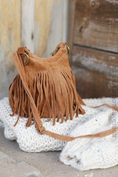 Sac-seau-camel-croûte-de-cuir-à-franges-B46