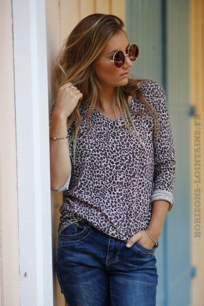 Top-jersey-manches-longues-imprimé-léopard-fond-rose-B201
