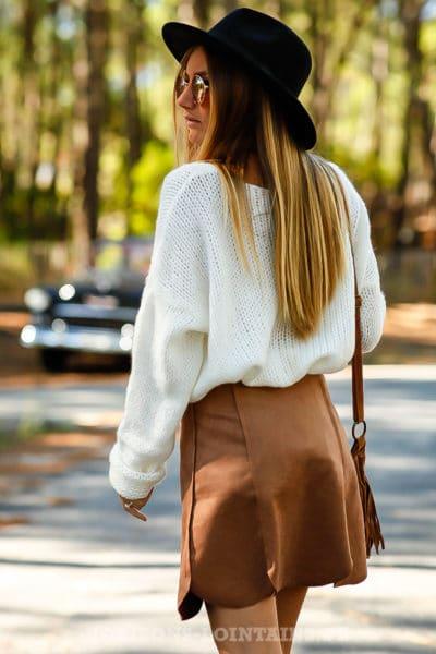 jupe courte couleur marron camel dos