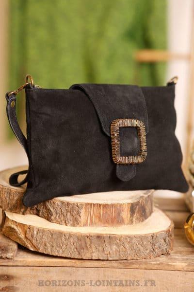 pochette noir croûte cuir avec boucle couleur cuivre dorée B045