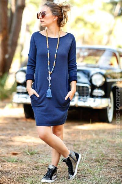 robe pull bleue courte avec poches couleur bleu marine B073