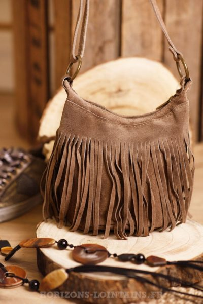 sac seau taupe croûte cuir franges marron style indien B046