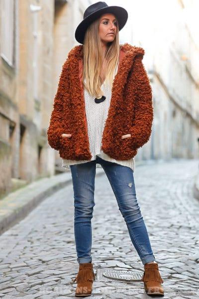 manteau à capuche à boucle brique doux et confortable
