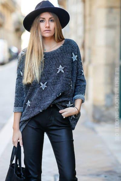 pull loose noir chiné avec étoiles grises