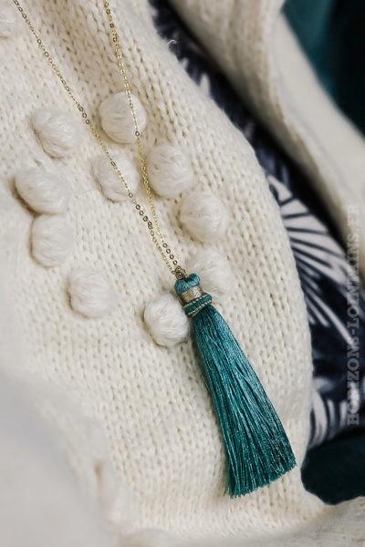 collier acier doré pompon bleu vert turquoise sautoir classe bijoux femme look tendance