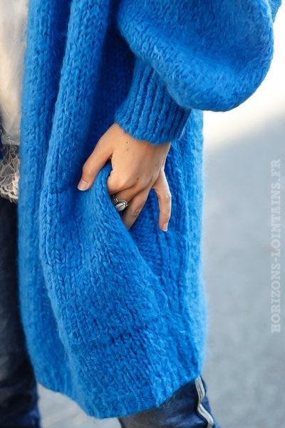 Gilet long ample bleu roi grosses mailles