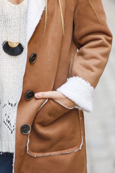 Manteau femme marron camel taupe effet peau retournée