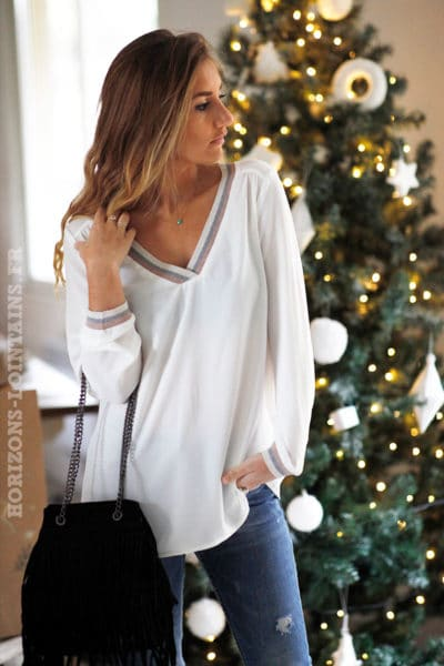 Blouse-écrue-it-hippie-col-V-brillant-tenue-fete-reveillon-noel-b234
