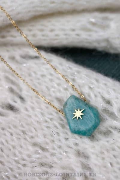b276c0273a32f Collier-chaînette-acier-doré-pierre-turquoise-étoile-brillante-