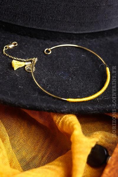 Jonc-acier-dorée-jaune-moutarde-bijoux-femme-chics-pas-cher