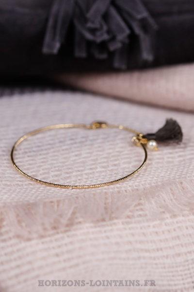 Jonc-ciselé-acier-doré-pompon-gris-foncé-bijoux-femme