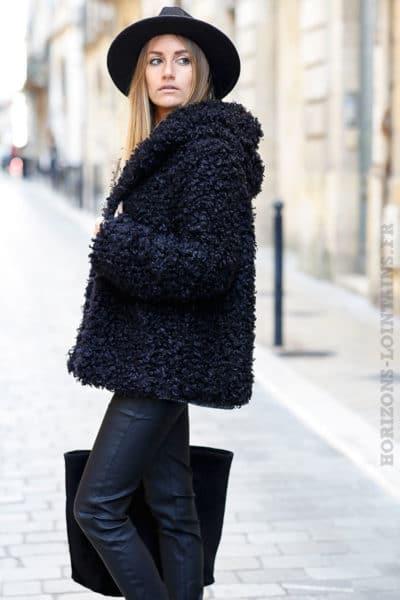 manteau à capuche à boucle noir doux et confortable
