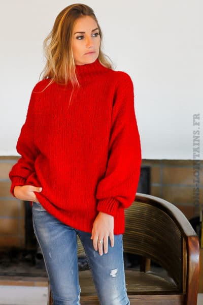 Pull-rouge-grosses-mailles-col-cheminé-chaud-look-tendance-femme-moderne