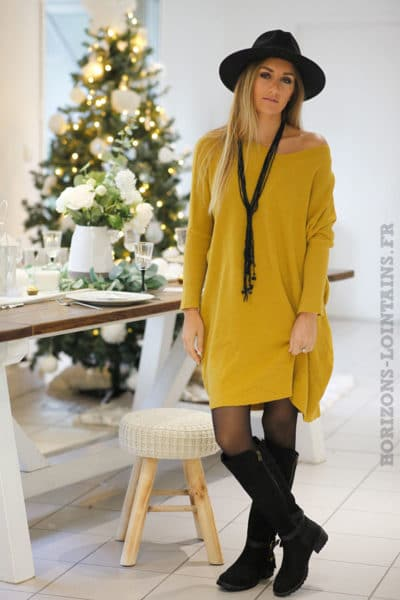 Robe-pull-moutarde-coupe-loose-b81