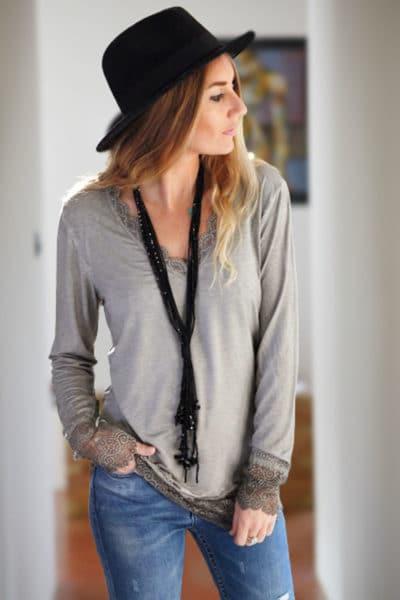 Sous-pull-taupe-manches-longues-dentelle-vêtement-femme-hiver
