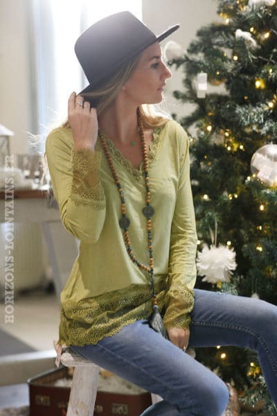 Sous-pull-vert-olive-manches-longues-dentelle-b10