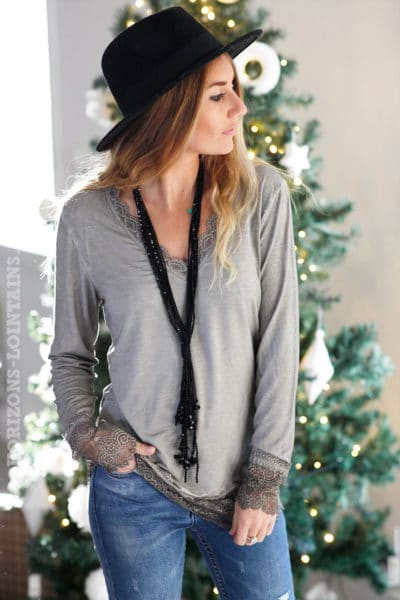 Sous-pull-taupe-manches-longues-dentelle-b10-2