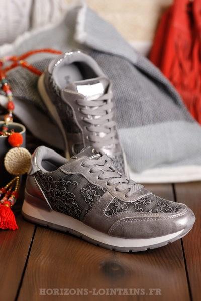 Baskets-argentées-silver-avec-dentelle-chaussures-femme-look-sport
