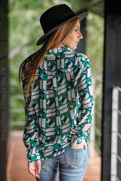 Chemise-voilage-effet-soie-imprimé-geométrique-vert-blanc-noir-vêtement-femme
