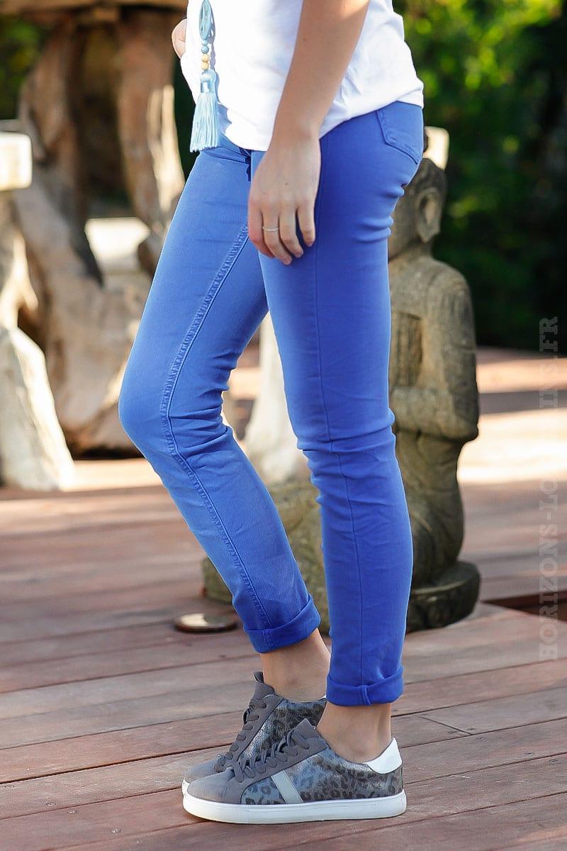 c63802e61d044 Jean basique bleu roi