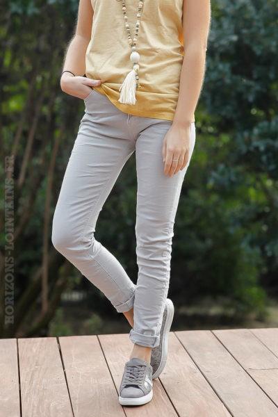 Jean-basique-gris-clair-pantalon-femme-tendance-moderne-basics