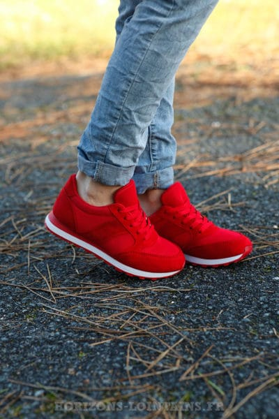 baskets rouges femme style running