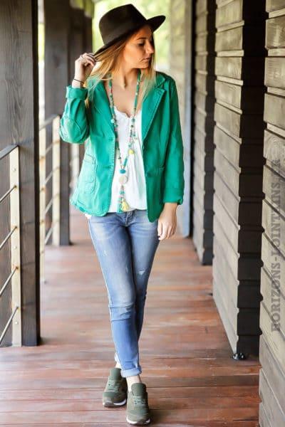 blazer-vert-cintré-avec-details-sequins-transparents-veste-verte-femme-classe