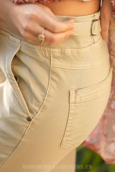 Pantalon-beige-clair-ceinture-lacet-réglable-confortable-femme- 9a7c5a571c8