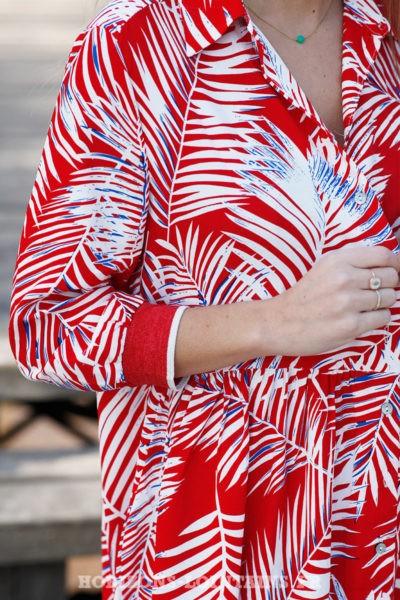 Robe-fluide-rouge-imprimé-floral-feuilles-palmier-look-plage-beach-exotique