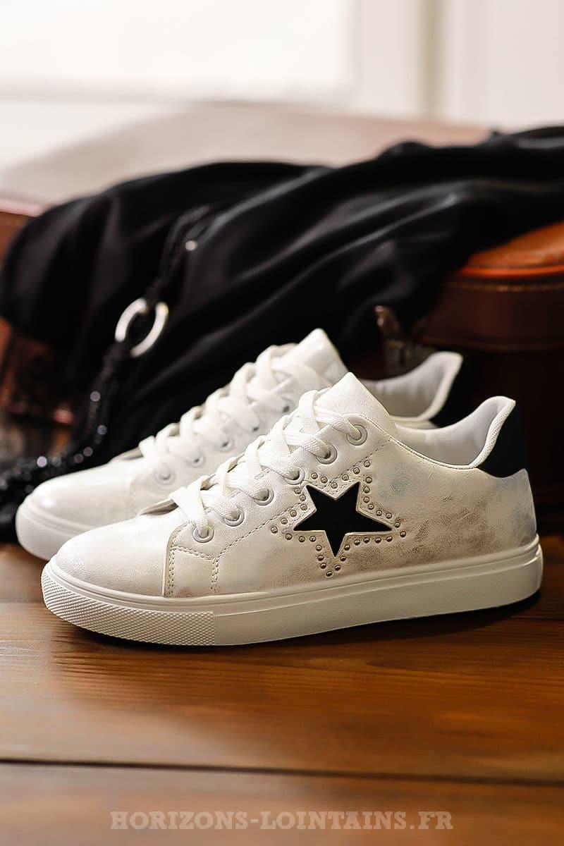 baskets femmes blanches effet vintage street étoile noire talon noir